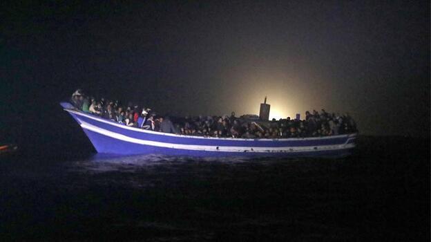 Libya açıklarında yakalanan 650 göçmen ülkeye zorla geri gönderildi