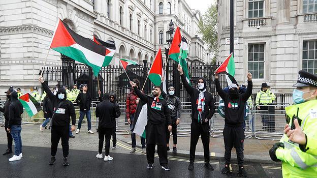 İngiliz siyasetçiden Filistin destekçilerine hakaret