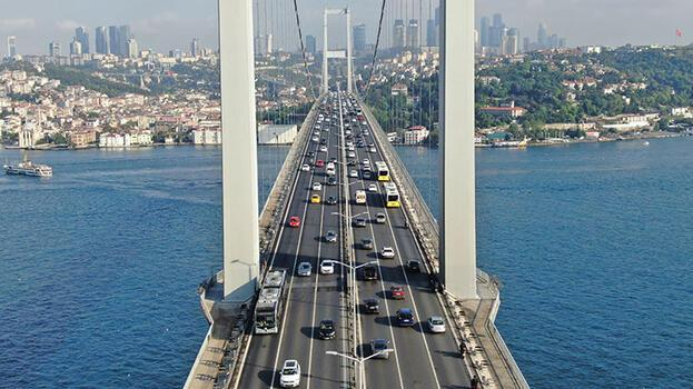15 Temmuz Şehitler Köprüsü'ndeki trafik yoğunluğu