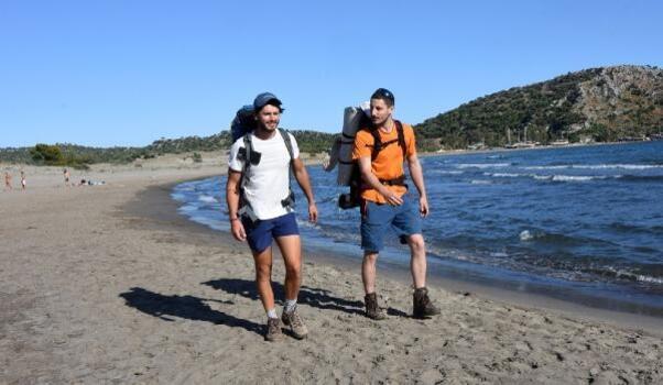 İstanbul'da tanışıp, Likya Yolu'nu yürümeye geldiler