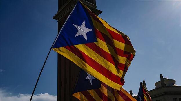Ayrılıkçı partiler Katalonya'yı erken seçime götürüyor