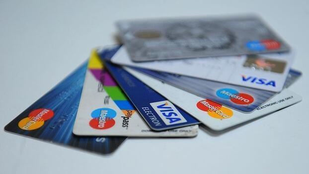 Nisan ayında kartlarla yapılan ödemeler arttı