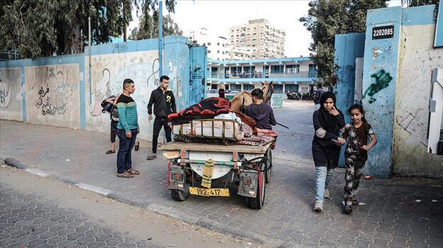 Gazze'de 52 bin Filistinli evlerini terk etmek zorunda kaldı