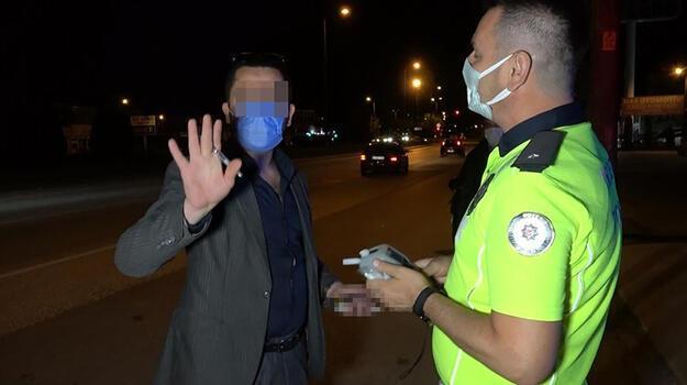 Alkollü araç kullanan avukat, ceza yazan polislere isim sordu