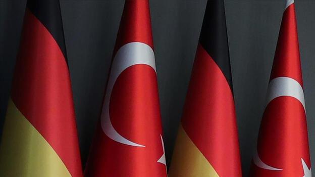 Son dakika: Almanya seyahat uyarısını 1 Temmuz'da kaldırıyor!