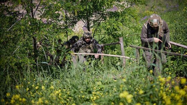 Donbas'ta Rusya yanlısı ayrılıkçıların saldırısında 1 Ukrayna askeri öldü