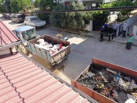 Evden 2 römork çöp çıktı
