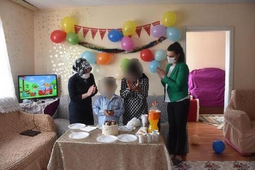 İpsala'da sevgi evlerinde kalan çocuklara doğum günü