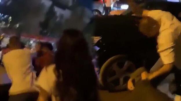 Ankara'da şişeli ve yumruklu kavga! Birbirlerine girdiler