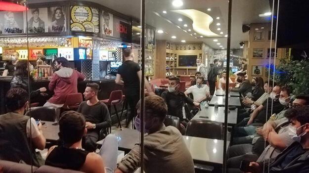 Kısıtlamada kafedeki 57 kişiye 197 bin lira ceza!