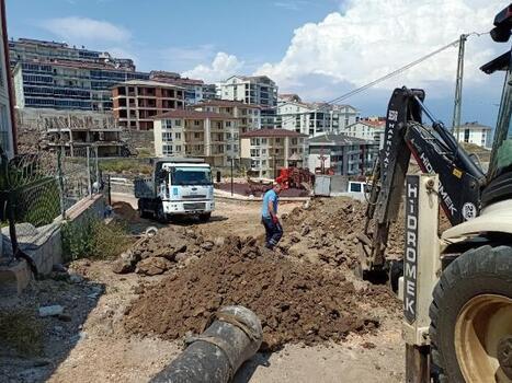 Mudanya'da kanalizasyon çalışması