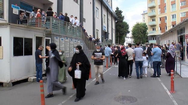 İstanbul'da hastanelerde aşı kuyruğu