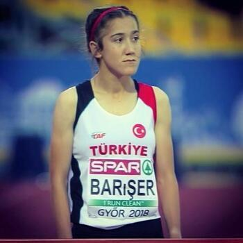 Başkan Akay'dan şampiyon sporculara tebrik