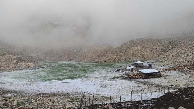 Son dakika! Burası Türkiye'nin en sıcak şehirlerinde biri! Haziran'da kar