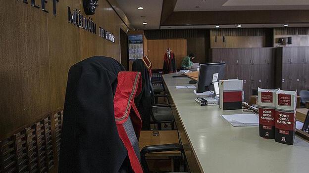 FETÖ hükümlüsü emniyet müdürleri, MİT görevlisini yasa dışı yolla dinledikleri iddiasıyla hakim karşısında