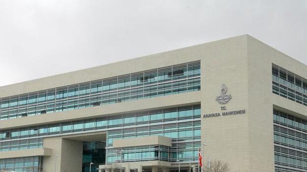 AYM, Resmi Gazete'nin içeriği ve yayımlanmasına ilişkin kararnamenin iptal istemini reddetti