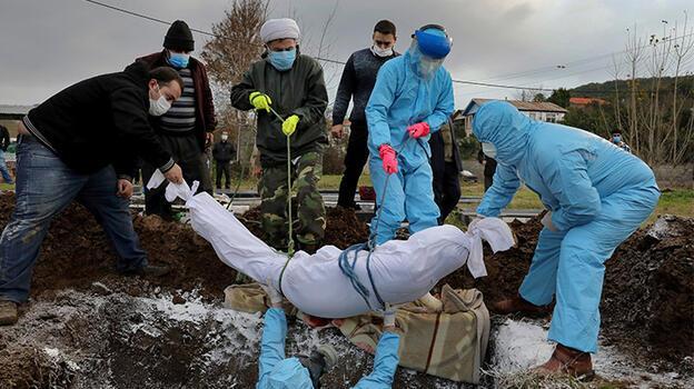 İran'da günlük vakalar 10 binin üzerinde