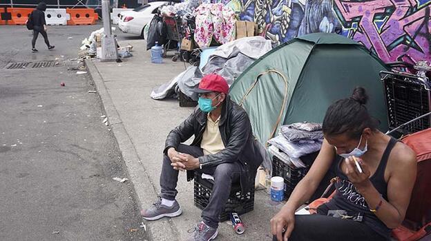New York'ta otellere yerleştirilen 8 bin evsizsığınaklara dönecek