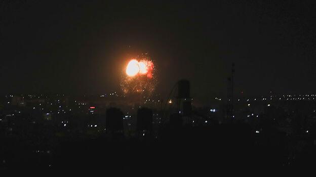 Son dakika... İsrail'den Gazze'ye hava saldırısı!