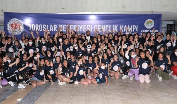 Toroslar Belediyesi'nin gençlik kampı sona erdi