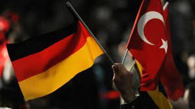 Son dakika... Merkel'den çok kritik Türkiye açıklaması!