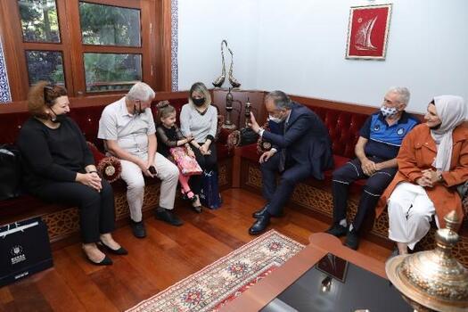 Bursa Büyükşehir Belediye Başkanı Aktaş, belediye çalışanı babalar ile buluştu