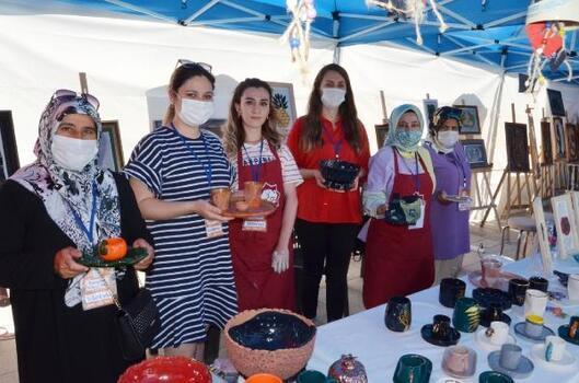 Aksaray'da bilim ve sanat sergisi açıldı