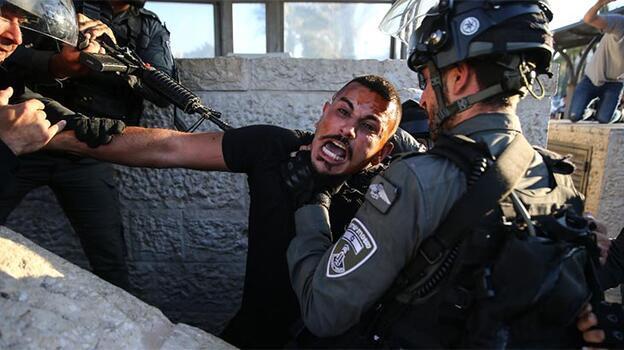Gerginlik sürüyor! İsrail polisi saldırdı