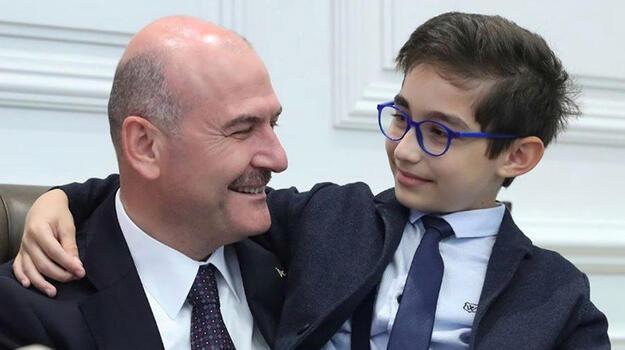 Bakan Soylu, şehit oğlu Talha'yla fotoğrafını profil resmi yaptı