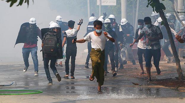 BM açıkladı: 10 bin kişi Hindistan ve Tayland sınırına sığındı