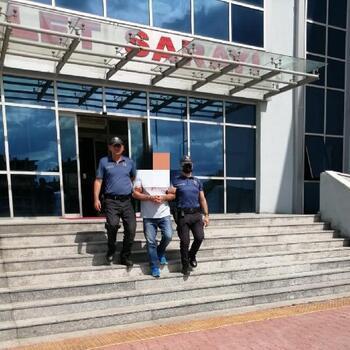 Edirne'de 11 suçtan 47 yıl hapisle aranan şüpheli otelde yakalandı