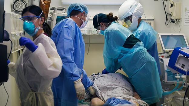 ABD'de koronavirüs kaynaklı ölümler azalıyor