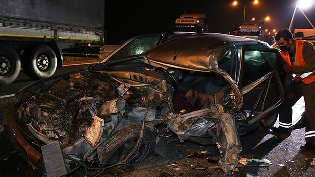 Bolu'da otomobille kamyonetin çarpışması sonucu 2 kişi yaralandı