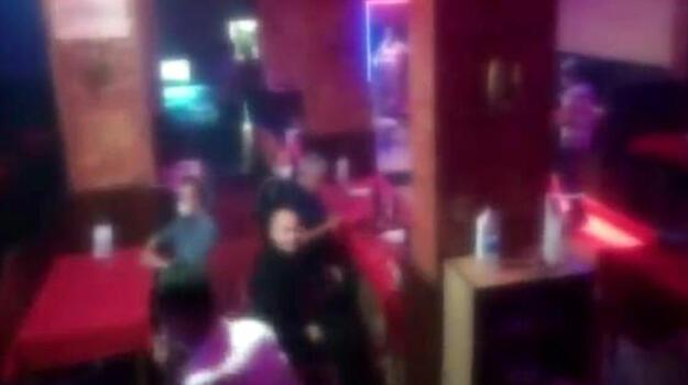 Avcılar'da denetim! 03.00'te açık olan restoran mühürlendi