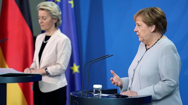 Merkel ve AB'den Türkiye'ye göç mutabakatında güncelleme desteği