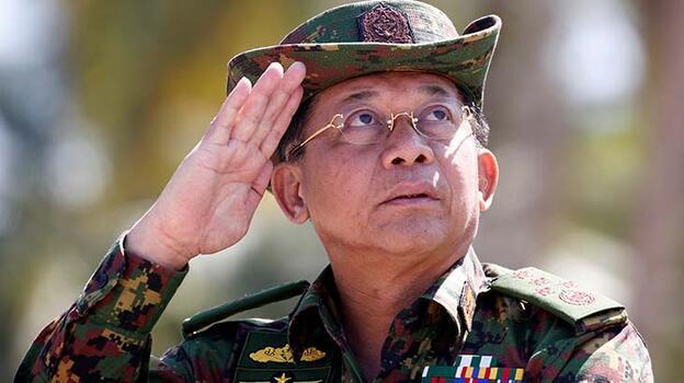 Rusya Savunma Bakanı, Myanmar askeri yönetim lideri ile görüştü