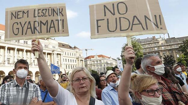 Macaristan'da muhalefetin 'Çin üniversitesi' vaadi