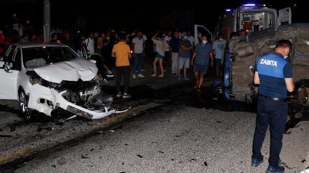 Muğla'da iki otomobil çarpıştı: Yaralılar var