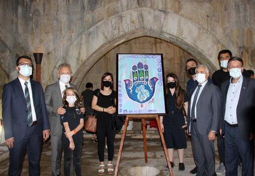 Tarihi kervansarayda Anadolu sergisi