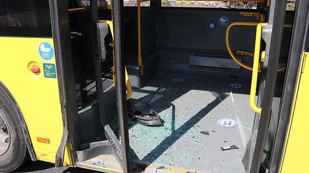 Kayseri'de halk otobüsü ile otomobil çarpıştı