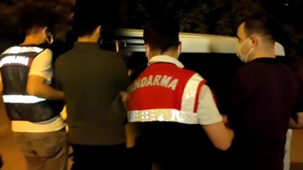 İzmir merkezli soruşturmada 17 FETÖ'cü tutuklandı!