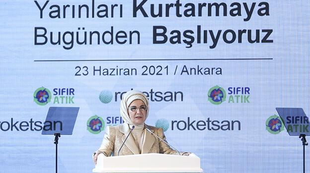 Emine Erdoğan, Roketsan'a 'Sıfır Atık Belgesi' verdi