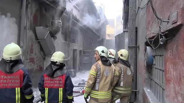 Son dakika: Bayrampaşa'da iş yerinde patlama! Ekipler oraya koştu
