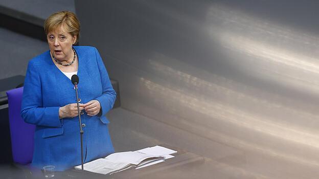 Merkel: 'Türkiye ile diyalog gündemini hızla hayata geçirmeliyiz'