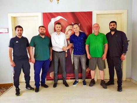 Edirnespor, teknik direktör Cahit Erçevik ile anlaştı