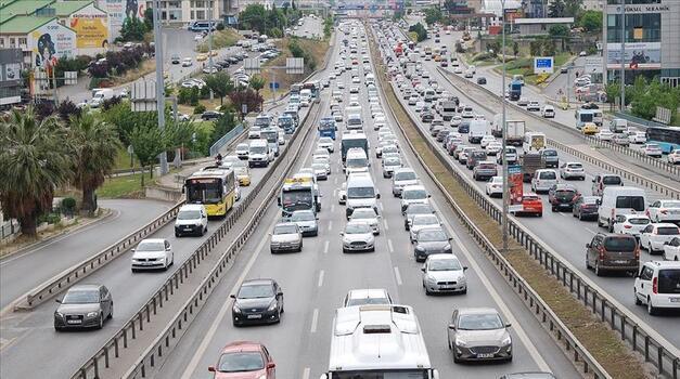 Trafiğe 5 ayda 502 bin 973 aracın kaydı yapıldı