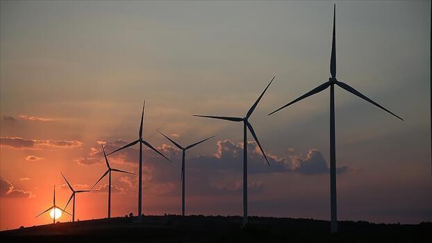 İklim değişikliği ile mücadelede temiz enerji dönüşümü itici güç olmaya devam ediyor