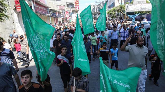Almanya Hamas bayrağını yasakladı