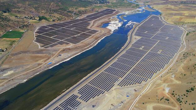 Bingöl'de su ve güneşin gücüyle 400 bin hanenin enerjisi karşılanıyor