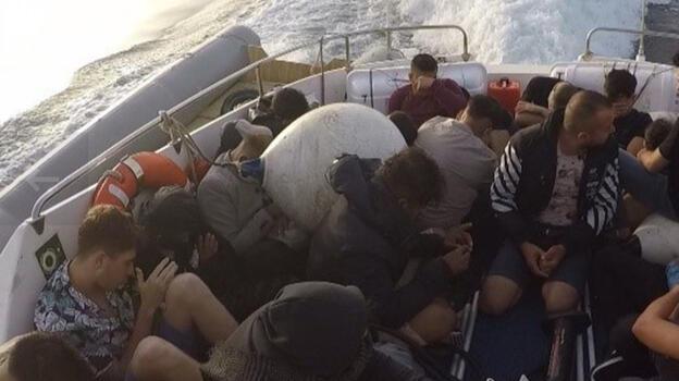 Bodrum'da 25 göçmen kurtarıldı